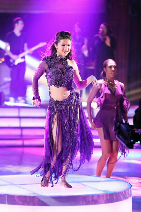 Selena Gomez performs her new single 'Come & Get It' on 'Dancing With The Stars: The Results Show' on April 16, 2013.