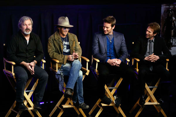 "<div class=""meta ""><span class=""caption-text "">Director Gore Verbinski, actor Johnny Depp, actor Armie Hammer and producer Jerry Bruckheimer attend 'The Lone Ranger' fan event and global trailer launch at the AMC Town Square 18 theatres on April 17, 2013 in Las Vegas, Nevada. (Photo/Isaac Brekken/Walt Disney Studios)</span></div>"