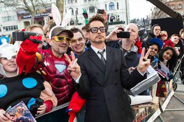 "<div class=""meta ""><span class=""caption-text ""> Actor Robert Downey Jr. at the European tour of 'Marvel's Iron Man 3' - Special Screening on April 18, 2013 at Odeon Leicester Square, London, England. (JamesGillham/StingMedia)</span></div>"