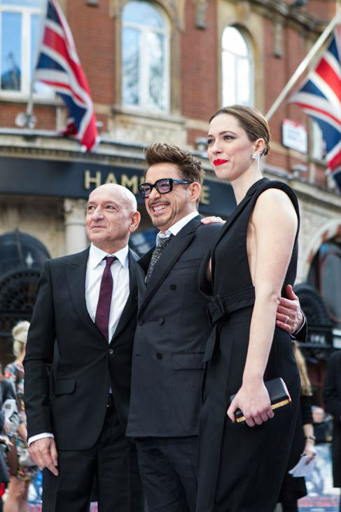 "<div class=""meta ""><span class=""caption-text "">Actor Sir Ben Kingsley, Robert Downey Jr. and Rebecca Hall at the European tour of 'Marvel's Iron Man 3' - Special Screening on April 18, 2013 at Odeon Leicester Square, London, England. (JamesGillham/StingMedia)</span></div>"