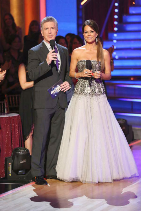 Co-hosts Tom Bergeron Brooke Burke-Charvet appears on &#39;Dancing With The Stars&#39; on April 22, 2013. <span class=meta>(ABC Photo&#47; Adam Taylor)</span>