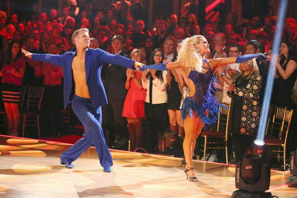 Former &#39;Bachelor&#39; star Sean Lowe and his partner Peta Murgatroyd dance the Samba on week 6 of &#39;Dancing With The Stars&#39; on April 22, 2013. They received 21 out of 30 points. <span class=meta>(ABC Photo&#47; Adam Taylor)</span>