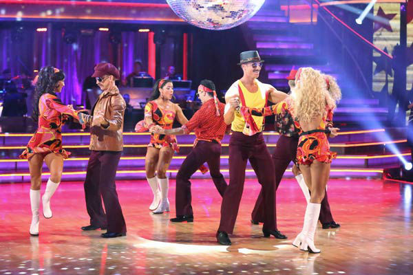Aly Raisman, Andy Dick, Sean Lowe, Kellie Pickler and their partners perform a team Samba dance on week six of &#39;Dancing With The Stars,&#39; which aired on April 22, 2013. They received a score of 25 out of 30 from the judges. <span class=meta>(ABC Photo&#47; Adam Taylor)</span>