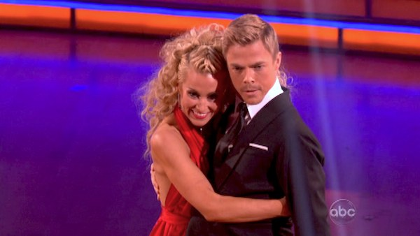 Kellie Pickler and partner Derek Hough received 29 out of 30 points from the judges for their Quickstep dance during week six of &#39;Dancing With The Stars,&#39; which aired on April 22, 2013. <span class=meta>(ABC Photo &#47; Adam Taylor)</span>