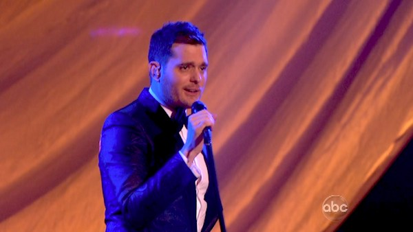 Michael Buble performs his song &#39;Come Dance with Me&#39; from his new album, &#39;To Be Loved,&#39; on &#39;Dancing With The Stars: The Results Show&#39; on April 30, 2013. <span class=meta>(ABC&#47;Adam Taylor)</span>