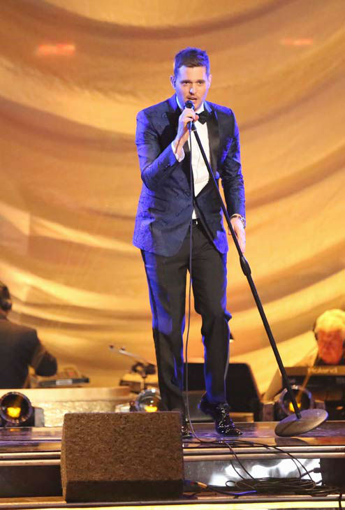 Michael Buble performs his song &#39;Come Dance with Me&#39; from his new album, &#39;To Be Loved,&#39; on &#39;Dancing With The Stars: The Results Show&#39; on April 30, 2013. <span class=meta>(ABC Photo&#47; Adam Taylor)</span>