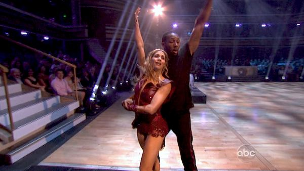 "<div class=""meta image-caption""><div class=""origin-logo origin-image ""><span></span></div><span class=""caption-text"">'Macy's Stars of Dance' troupe performs its fourth installment, which was choreographed by Allison Holker and Stephen 'tWitch' Boss, on 'Dancing With The Stars: The Results Show' on April 30, 2013. The dance is accompanied by violinist and YouTube sensation Lindsey Stirling.   (ABC/Adam Taylor)</span></div>"