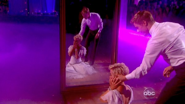 Kellie Pickler and partner Derek Hough received 28 out of 30 points from the judges for their Viennese Waltz during week eight of &#39;Dancing With The Stars,&#39; which aired on May 6, 2013. <span class=meta>(ABC Photo &#47; Adam Taylor)</span>