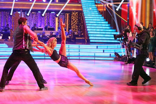 "<div class=""meta image-caption""><div class=""origin-logo origin-image ""><span></span></div><span class=""caption-text"">The troupe performs an ensemble dance choreographed by Jason Gilkison on 'Dancing With The Stars: The Results Show' on May 7, 2013. (ABC Photo/ Adam Taylor)</span></div>"