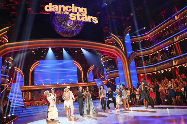The cast of &#39;Dancing With The Stars&#39; appears on week 9 of the show on May 13, 2013. &#40;Pictured: Kellie Pickler, Derek Hough, Kym Johnson, Ingo Rademacher, Tom Bergeron, Brooke Burke-Charvet, Zendaya, Val Chmerkovskiy, Mark Ballas, Alexandra Raisman, Karina Smirnoff and Jacoby Jones&#41; <span class=meta>(ABC Photo&#47; Adam Taylor)</span>