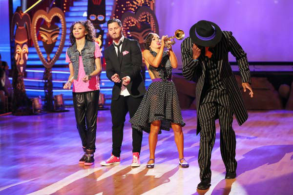 &#39;Shake It Up&#39; actress Zendaya, her partner Val Chmerkovskiy, NFL star Jacoby Jones and his partner Karina Smirnoff appear on week 9 of &#39;Dancing With The Stars&#39; on May 13, 2013. <span class=meta>(ABC Photo&#47; Adam Taylor)</span>