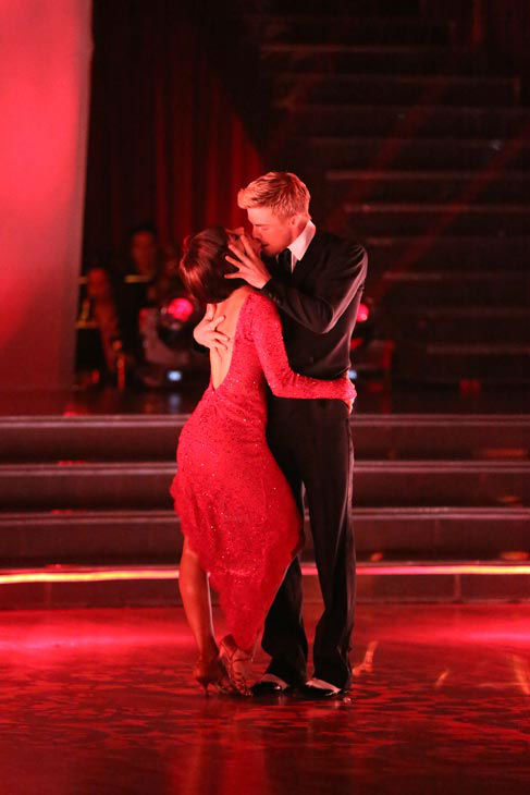 Kellie Pickler and partner Derek Hough appear on week 9 of 'Dancing With The Stars' on May 13, 2013.