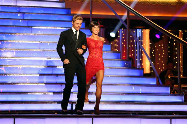 Kellie Pickler and partner Derek Hough appear on week 9 of &#39;Dancing With The Stars&#39; on May 13, 2013. <span class=meta>(ABC Photo&#47; Adam Taylor)</span>