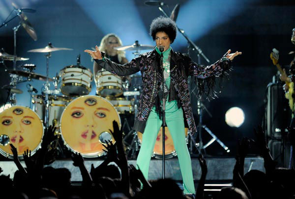 "<div class=""meta ""><span class=""caption-text "">Prince performed at the Billboard Music Awards at the MGM Grand Garden Arena on Sunday, May 19, 2013 in Las Vegas.  The legendary musician performed a high-energy set after winning the Billboard Icon Award. (Photo/Chris Pizzello / AP)</span></div>"
