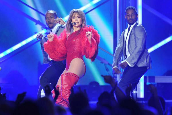 Jennifer Lopez took part in a high-energy performance of &#39;Live It Up&#39; with Pitbull at the Billboard Music Awards at the MGM Grand Garden Arena on Sunday, May 19, 2013 in Las Vegas.  In typical JLo fashion, she blew the audience away -- prompting one Hollywood actress to Tweet her appreciation.  &#39;My girl @JLo let us have it #BBMA #Wow,&#39; Jessica Alba Tweeted shortly following her performance. <span class=meta>(Photo&#47;Vince Bucci &#47; ABC)</span>