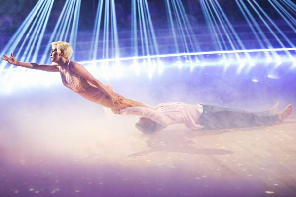 "<div class=""meta image-caption""><div class=""origin-logo origin-image ""><span></span></div><span class=""caption-text"">Kellie Pickler and partner Derek Hough received 30 out of 30 points from the judges for their freestyle dance during week 10 of 'Dancing With The Stars,' which aired on May 20, 2013. Their night's cumulative score was 64 out of 65 points. (ABC Photo/ Adam Taylor)</span></div>"