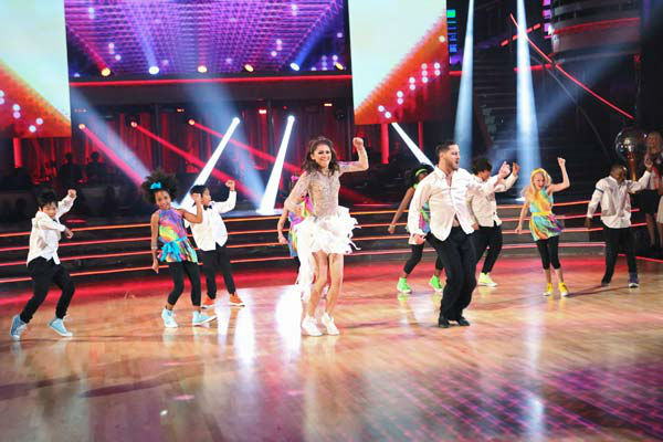 "<div class=""meta image-caption""><div class=""origin-logo origin-image ""><span></span></div><span class=""caption-text"">'Shake It Up' actress Zendaya and partner Val Chmerkovskiy dance freestyle on week 10 of 'Dancing With The Stars' on May 20, 2013. They received 30 out of 30 points from the judges, making their night's cumulative score 65 out of 65 points. (ABC Photo/ Adam Taylor)</span></div>"