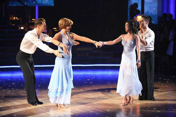 Former contestants Dorothy Hamill and Kristi Yamaguchi perform with Henry Byalikov and Sasha Farber on the &#39;Dancing With The Stars&#39; season 16 finale on May 21, 2013. <span class=meta>(ABC Photo&#47; Adam Taylor)</span>