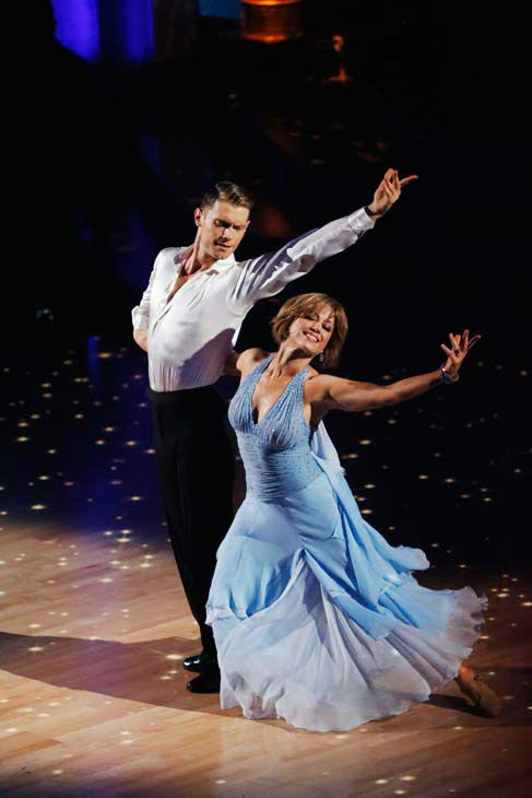"<div class=""meta ""><span class=""caption-text "">Former contestant Dorothy Hamill and Henry Byalikov perform on the 'Dancing With The Stars' season 16 finale on May 21, 2013. (ABC Photo/ Kelsey McNeal)</span></div>"