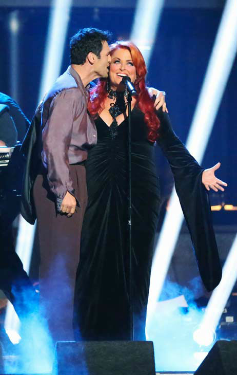 Singer and former contestant Wynonna Judd sings &#39;I Want To Know What Love Is&#39; on the &#39;Dancing With The Stars&#39; season 16 finale on May 21, 2013. Pro dancer Peta Murgatroyd and Judd&#39;s partner for the season, Tony Dovolani, accompanied her performance.  <span class=meta>(ABC Photo&#47; Adam Taylor)</span>