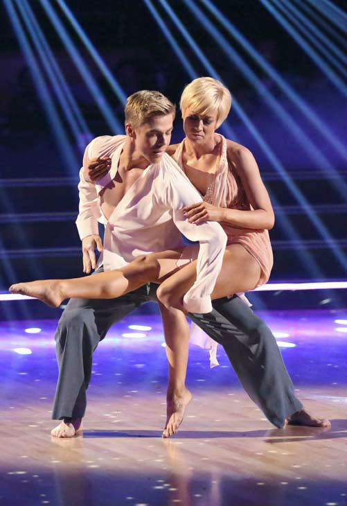 Kellie Pickler, an &#39;American Idol&#39; alum, and partner Derek Hough dance an encore dance on the &#39;Dancing With The Stars&#39; season 16 finale on May 21, 2013.  The previous day, the pair received 30 out of 30 points from the judges for their Quickstep routine, 30 out of 30 points for their Freestyle and 4 extra points for their Cha Cha Cha, which brought their week&#39;s total to 64 out of 65. <span class=meta>(ABC Photo&#47; Adam Taylor)</span>