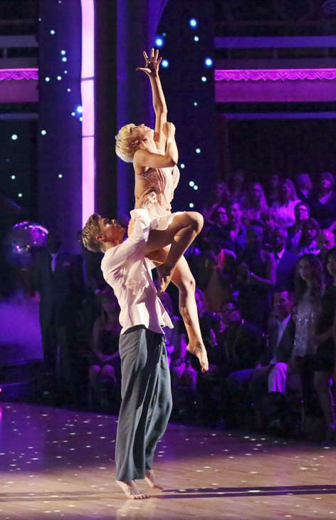 "<div class=""meta ""><span class=""caption-text "">Kellie Pickler, an 'American Idol' alum, and partner Derek Hough dance an encore dance on the 'Dancing With The Stars' season 16 finale on May 21, 2013.  The previous day, the pair received 30 out of 30 points from the judges for their Quickstep routine, 30 out of 30 points for their Freestyle and 4 extra points for their Cha Cha Cha, which brought their week's total to 64 out of 65. (ABC Photo/ Adam Taylor)</span></div>"