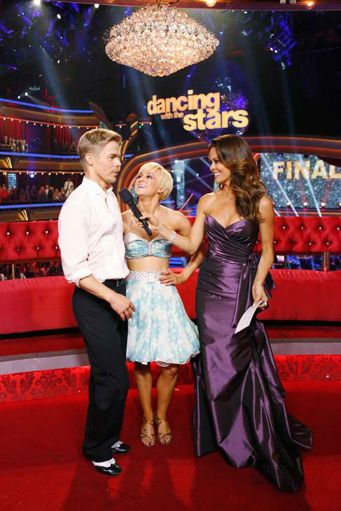 "<div class=""meta image-caption""><div class=""origin-logo origin-image ""><span></span></div><span class=""caption-text"">Kellie Pickler and partner Derek Hough received 30 out of 30 points from the judges for their Instant jive during week 10 of 'Dancing With The Stars,' which aired on May 21, 2013.Their cumulative score for the week was 94 out of 95 points. (ABC Photo/ Kelsey McNeal)</span></div>"