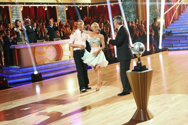 "<div class=""meta image-caption""><div class=""origin-logo origin-image ""><span></span></div><span class=""caption-text"">Kellie Pickler, an 'American Idol' alum, and partner Derek Hough react after they are announced as the winners of 'Dancing With The Stars' on the ABC show's season 16 finale on May 21, 2013. The previous day, the pair received 30 out of 30 points from the judges for their Quickstep routine, 30 out of 30 points for their Freestyle and 4 extra points for their Cha Cha Cha, which brought their week's total to 64 out of 65. (ABC Photo/ Adam Taylor)</span></div>"