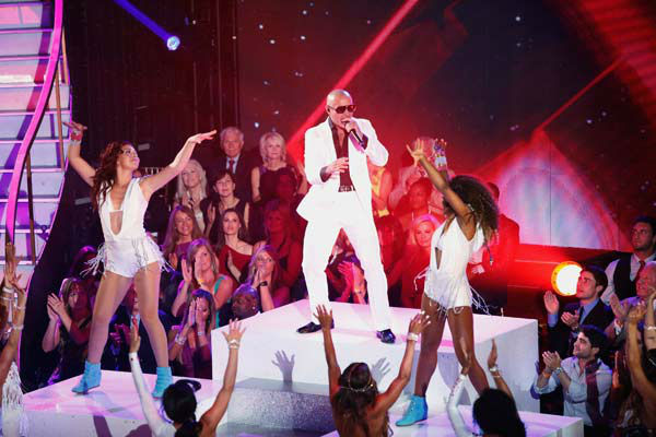 Pitbull performs his single &#39;Hands Up&#39; on the &#39;Dancing With The Stars&#39; season 16 finale on May 21, 2013. <span class=meta>(ABC Photo&#47; Kelsey McNeal)</span>