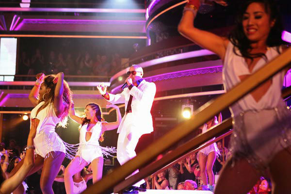 Pitbull performs his single 'Hands Up' on the 'Dancing With The Stars' season 16 finale on May 21, 2013.