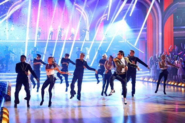 "<div class=""meta image-caption""><div class=""origin-logo origin-image ""><span></span></div><span class=""caption-text"">PSY performs his new song 'Gentlemen' on the 'Dancing With The Stars' season 16 finale on May 21, 2013. (ABC Photo/ Adam Taylor)</span></div>"