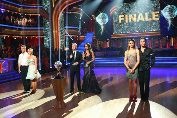 Kellie Pickler, Derek Hough, Zendaya and Val Chmerkovskiy await their fate on the 'Dancing With The Stars' season 16 finale on May 21, 2013.