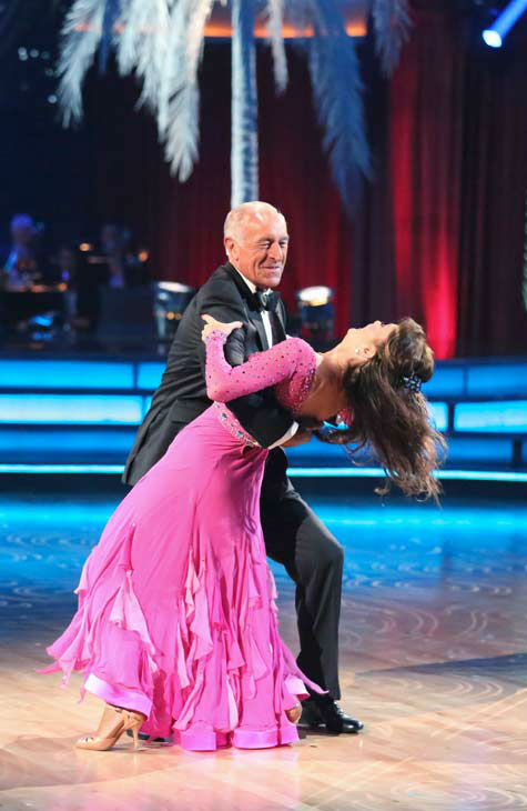 "<div class=""meta ""><span class=""caption-text "">Former contestant and 'Real Housewives of Beverly Hills' star Lisa Vanderpump performs with judge Len Goodman on the 'Dancing With The Stars' season 16 finale on May 21, 2013. (ABC Photo/ Adam Taylor)</span></div>"