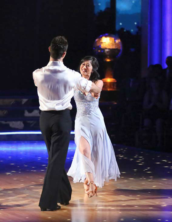 Former contestant Kristi Yamaguchi and Sasha Farber perform on the &#39;Dancing With The Stars&#39; season 16 finale on May 21, 2013. <span class=meta>(ABC Photo&#47; Adam Taylor)</span>
