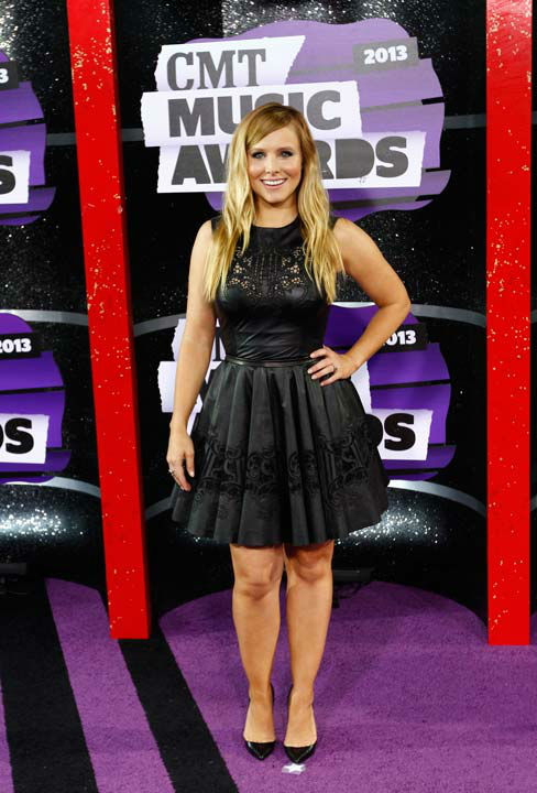 "<div class=""meta image-caption""><div class=""origin-logo origin-image ""><span></span></div><span class=""caption-text"">Kristen Bell arrives at the 2013 CMT Music Awards at Bridgestone Arena on Wednesday, June 5, 2013, in Nashville, Tenn.  (Photo/Wade Payne / AP)</span></div>"