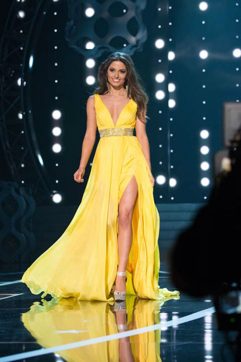 "<div class=""meta ""><span class=""caption-text "">Miss Ohio USA 2013, Kristin Smith, competes in her evening gown during the 2013 MISS USA Competition at PH Live in Las Vegas, Nevada on Sunday June 16, 2013.  (Photo/Patrick Prather)</span></div>"
