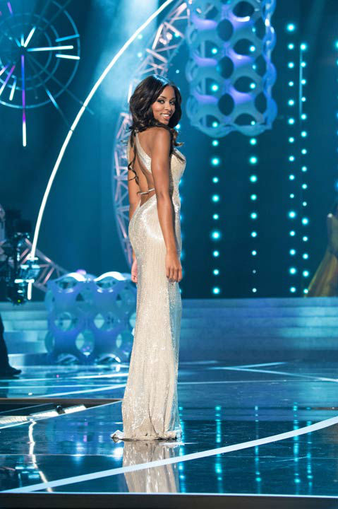 "<div class=""meta ""><span class=""caption-text "">Miss South Carolina USA 2013, Megan Pinckney, competes in her evening gown during the 2013 MISS USA Competition at PH Live in Las Vegas, Nevada on Sunday June 16, 2013.   (Photo/Patrick Prather)</span></div>"