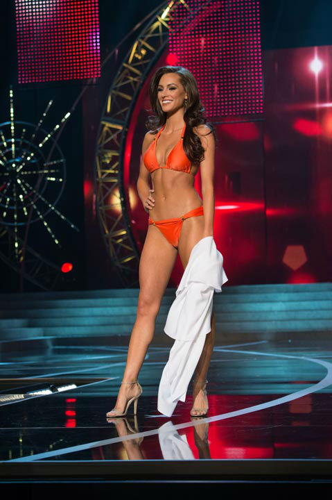 "<div class=""meta image-caption""><div class=""origin-logo origin-image ""><span></span></div><span class=""caption-text"">Miss Connecticut USA 2013, Erin Brady, competes in her ViX Paula Hermanny swimsuit during the 2013 MISS USA Competition at PH Live in Las Vegas, Nevada on Sunday June 16, 2013.  (Photo/Richard Harbaugh)</span></div>"