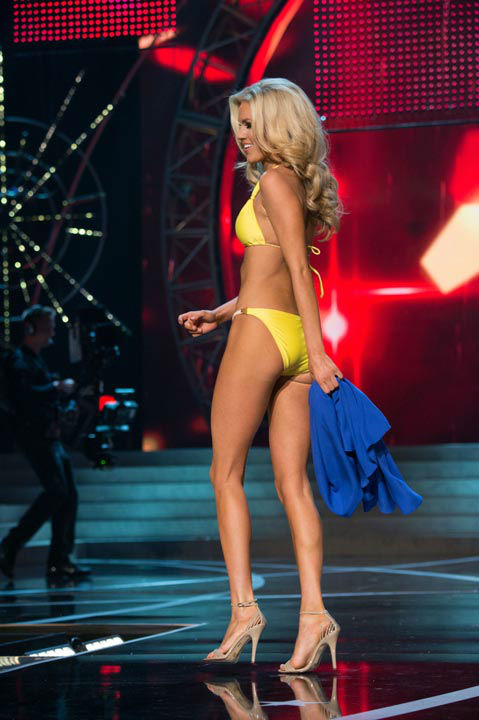 "<div class=""meta ""><span class=""caption-text "">Miss Nevada USA 2013, Chelsea Caswell, competes in her ViX Paula Hermanny swimsuit during the 2013 MISS USA Competition at PH Live in Las Vegas, Nevada on Sunday June 16, 2013.  (Photo/Richard Harbaugh)</span></div>"