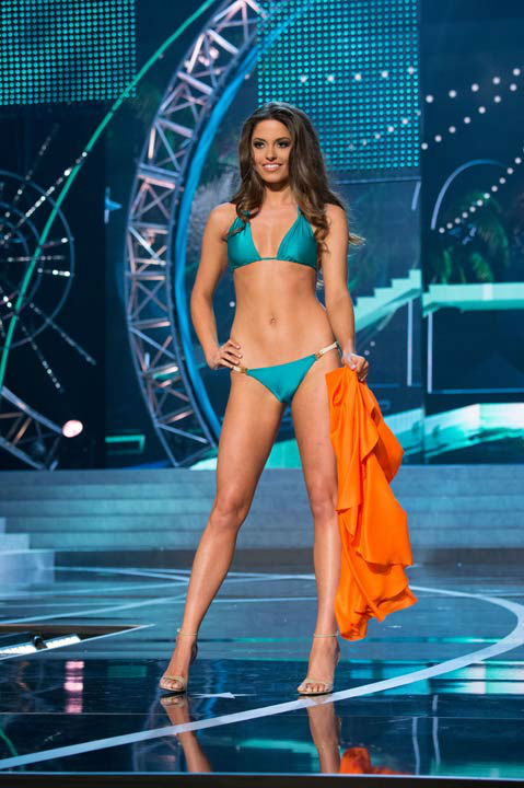 "<div class=""meta ""><span class=""caption-text "">Miss Ohio USA 2013, Kristin Smith, competes in her ViX Paula Hermanny swimsuit during the 2013 MISS USA Competition at PH Live in Las Vegas, Nevada on Sunday June 16, 2013. (Photo/Richard Harbaugh)</span></div>"