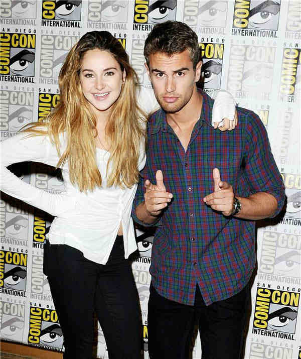 Shailene Woodley and Theo James appear at the &#39;Divergent&#39; panel at San Diego Comic-Con on July 18, 2013. <span class=meta>(Daniel Robertson&#47;startraksphoto.com)</span>