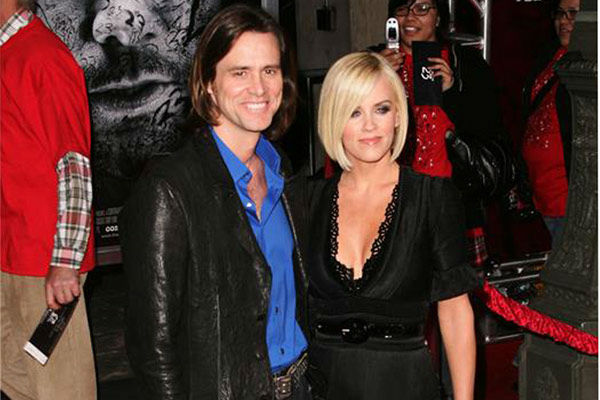 Pictured: Jim Carrey and Jenny McCarthy at The Orpheum Theater in Los Angeles, California on Feb. 13, 2007.
