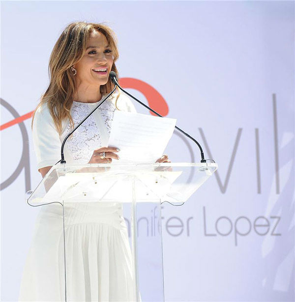Jennifer Lopez opens first flagship store of Viva Movil by Jennifer Lopez, the new Verizon Wireless premium retailer founded by Lopez, in Brooklyn, New York on July 26, 2013. <span class=meta>(Humberto Carreno&#47;startraksphoto.com)</span>