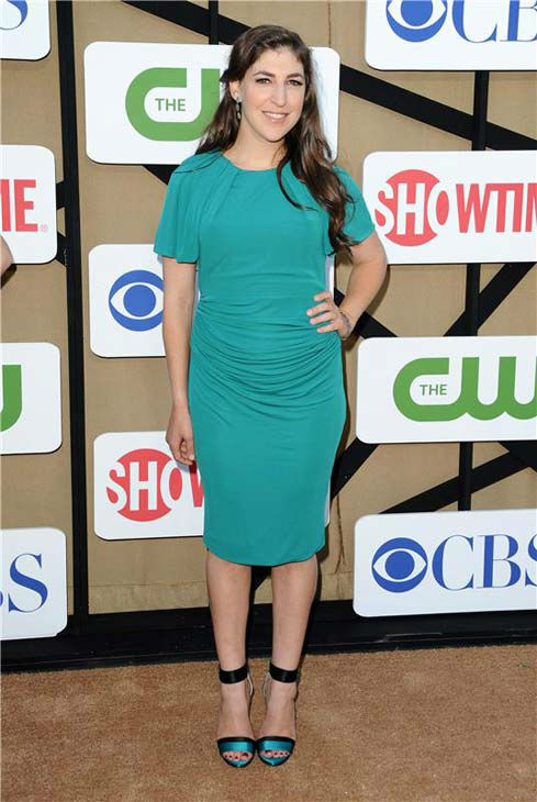 Mayim Bialik, star of the CBS show &#39;The Big Bang Theory,&#39; wore a striking green dress at the CBS, CW and Showtime TCA event in Beverly Hills, California on July 29, 2013. <span class=meta>(Sara De Boer&#47;startraksphoto.com)</span>