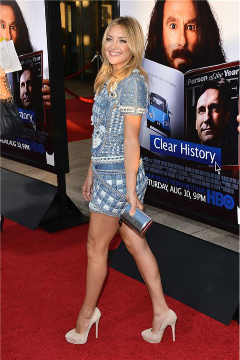 "<div class=""meta ""><span class=""caption-text "">Kate Hudson attends the premiere of the HBO film 'Clear History' at the Cinerama Dome in Hollywood, California on July 31, 2013. She is wearing a denim, patchwork-printed Balmain Resort 2014 mini dress. (Tony DiMaio / startraksphoto.com)</span></div>"