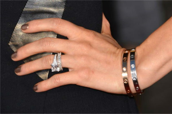 Kristin Cavallari wears her asscher cut engagement ring and wedding eternity band at the premiere of the HBO film 'Clear History' at the Cinerama Dome in Hollywood, California on July 31, 2013.