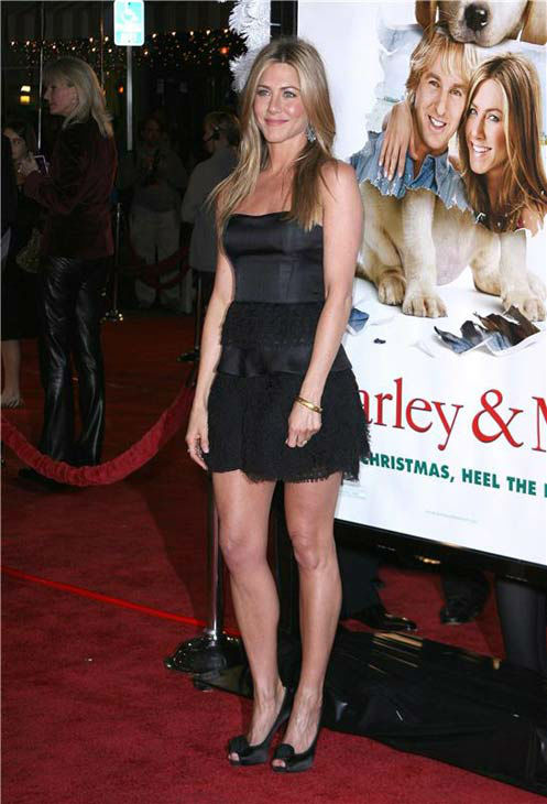 Jennifer Aniston appears at the &#39;Marley and Me&#39; Los Angeles premiere on Dec. 11, 2008. <span class=meta>(Jen Lowery&#47;Startraksphoto.com)</span>