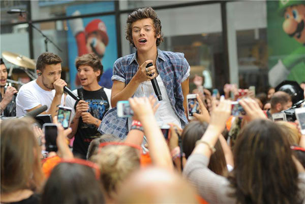 Harry Styles appears during One Direction&#39;s performance on the &#39;Today&#39; show on Aug. 23, 2013. <span class=meta>(Humberto Carreno&#47;startraksphoto.com)</span>