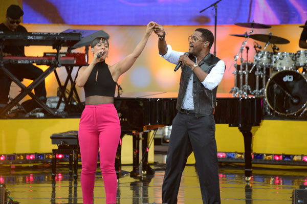 "<div class=""meta ""><span class=""caption-text "">Alicia Keys and Maxwell perform 'Fire We Make' live from New York City's Central Park on ABC's 'Good Morning America' ('GMA') on Aug. 30, 2013. (ABC Photo/ Ida Mae Astute)</span></div>"