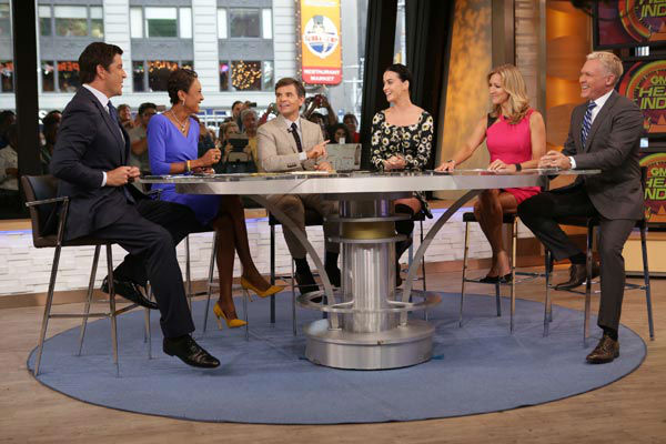 Katy Perry appears with &#39;Good Morning America&#39; co-hosts Sam Champion, Josh Elliott, Robin Roberts, George Stephanopoulos and Lara Spencer on Sep.  6, 2013. <span class=meta>(ABC Photo&#47; Fred Lee)</span>